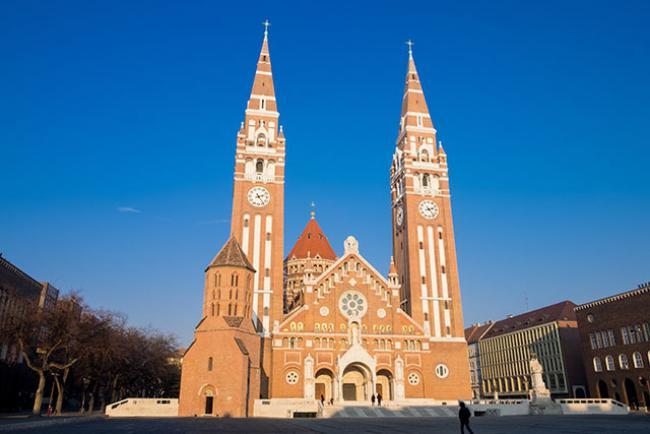 Agykontrollklubok - Budapest