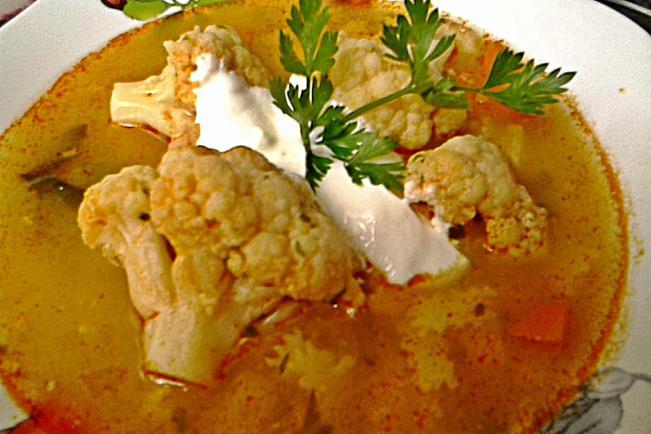 Karfiolból készült ételek receptjei