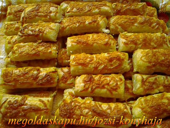 Mini sajtos rudacskák túrós tésztából