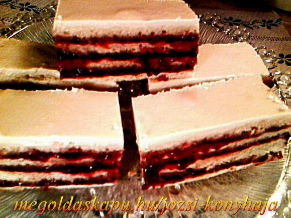 Szilvalekváros zserbó fehér csoki bevonattal