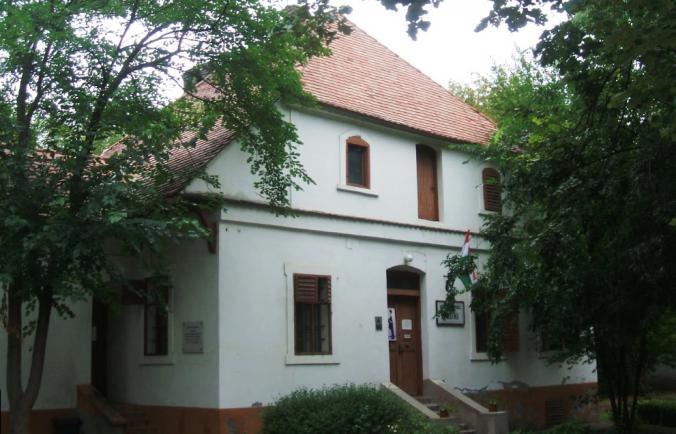 Magyar Naív Művészek Múzeuma | Kecskeméti Múzeumok | Bács