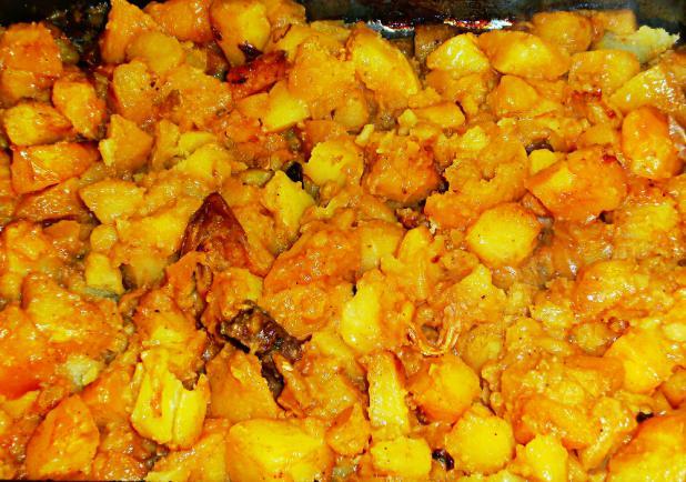 Pecsenyeszaftban pirított krumpli