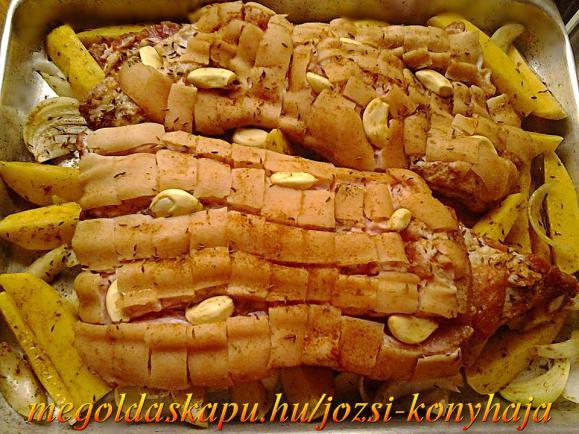 Malacoldalas vele sült hagymás burgonyával